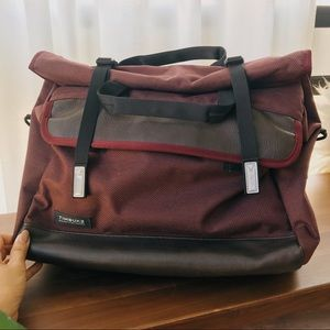 TIMBUK2 Maroon Laptop Bag w/ leather bottom